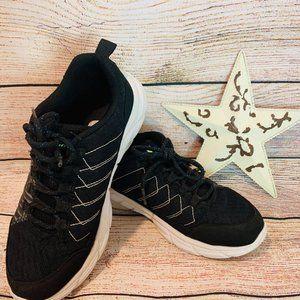 Sketchers Black light up shoes for boys size 5
